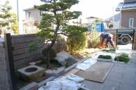 サルスベリ・クロマツ・手水鉢を再利用した坪庭  広島市 A邸