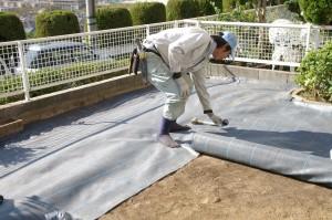 防草シートとサビ砂利を使い除草対策した庭 廿日市市 N邸