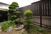 エバーアートフェンスを使った坪庭